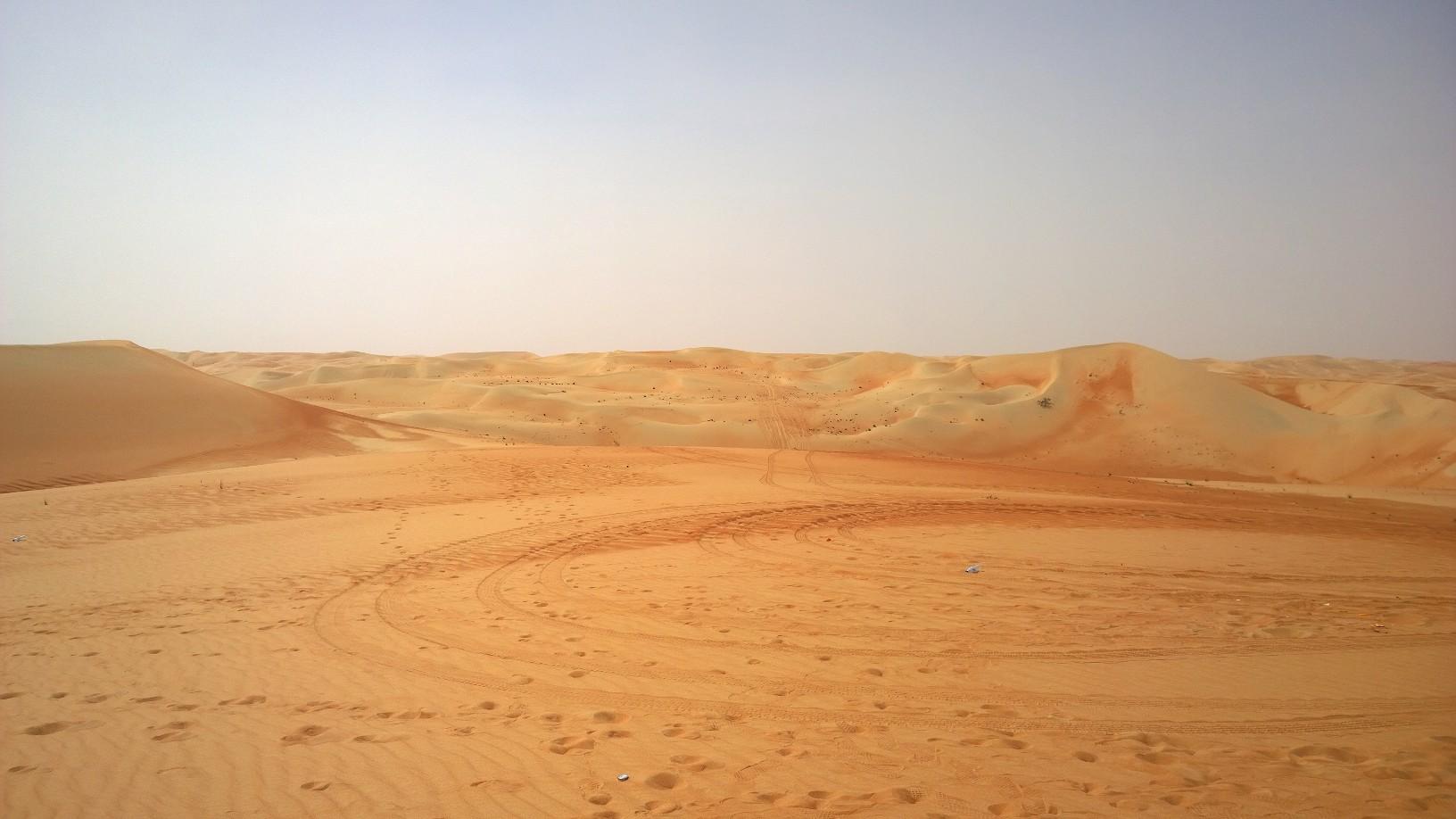 Yamaha Rally Dakar 2016 desert dunes challenge